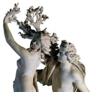Bernini's beeld van Apollo en Daphne, waarbij Daphne al verandert in een boom.